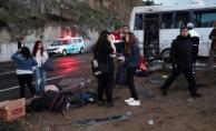 Kapadokya dönüşü öğrenci midibüsü kaza yaptı