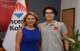 Bahçeşehir Koleji Genel Müdürü Özlem Dağ, LGS Birincisini Tebrik Etti