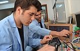 2023 Eğitim Vizyonu Kapsamında Mesleki Ve Teknik Eğitimin Geliştirilmesi İçin Yeni Projeleri Hayata Geçirecek
