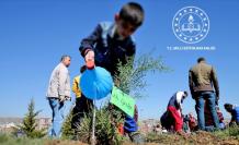 Milli Eğitim Bakanlığı, Öğrencilerin Sosyal Etkinliklerini Kayıt Altına Almaya Başladı
