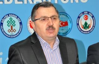 DİNÇER'İN ÖĞRETMEN SEVMEYEN TAVRI SİSTEME DESTEĞİMİZİ...