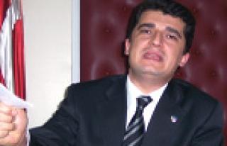 200 BİN ÖĞRETMEN EMEKLİ OLMUYOR
