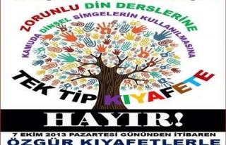 EĞİTİM-SEN ÜYELERİ, ÖZGÜR KIYAFETLE İŞYERLERİNE...