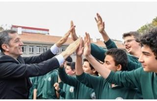 Milli Eğitim Bakanı Ziya Selçuk'tan Ailelere...