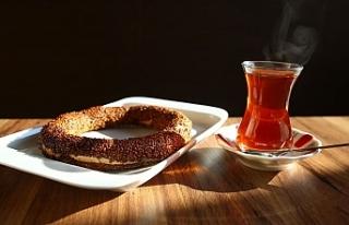 Dünyada Türk Simidi ve İnce Belli Çay Bardağını...