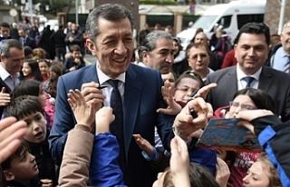 Millî Eğitim Bakanı Selçuk, Üsküdar Şehit Mehmet...