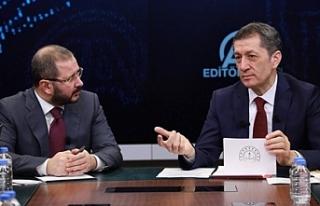 Millî Eğitim Bakanı Ziya Selçuk, Anadolu Ajansı...