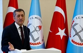 Milli Eğitim Bakanı Ziya Selçuk, Velilere ve Öğrencilere...