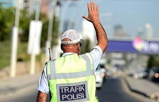 Ankara'da 1 Mayıs'ta Bazı Yollar Trafiğe...