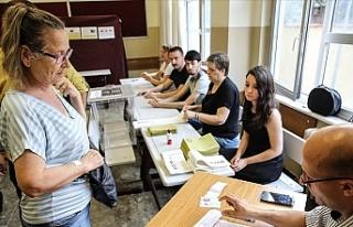 İstanbul Seçimini Yapıyor! Oy Verme İşlemleri...