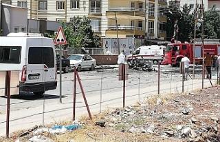 Hatay Reyhanlı'da Otomobilde Patlama: 2 Kişi...