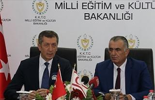 Milli Eğitim Bakanı Ziya Selçuk, Kıbrıs Bizim...