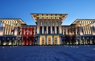 Cumhurbaşkanlığı Kabul Töreninde Ağırlanacak...