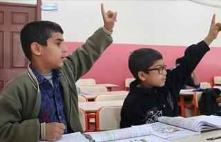 Şanlıurfa'da Sınır Bölgelerinde Eğitim...