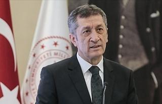 Milli Eğitim Bakanı Ziya Selçuk'tan Aksaray'daki...