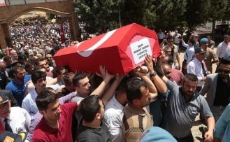 Şehit Uzman Çavuş Mehmet Taşhan Ebedi Yolculuğuna Uğurlandı