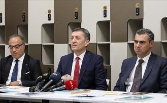 Milli Eğitim Bakanı Selçuk, Yeni Tasarım Öğretmenler Odasını Tanıttı