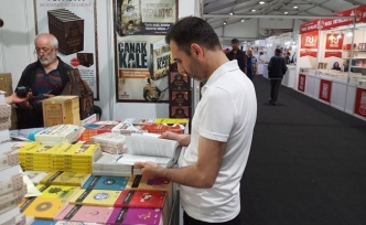 37. Türkiye Kitap ve Kültür Fuarı kitapseverlere kapılarını açtı