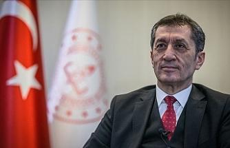 Bakan Selçuk'tan Yeni Akademik Takvimdeki Ara Tatiller Açıklaması