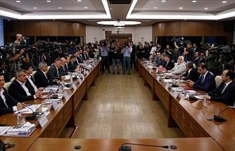 Hükümet, Memur ve Memur Emeklisine Yeni Zam Teklifinde Bulundu