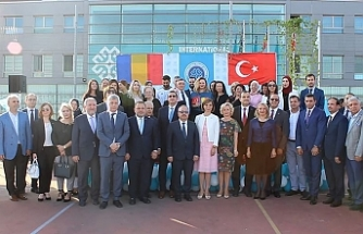 Türkiye Maarif Vakfının, Avrupa Birliği Sınırlarındaki İlkokulu Romanya'nın Başkenti Bükreş'te Açıldı