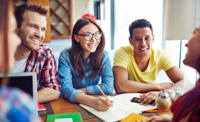 Türkiye'de kaç yabancı uyruklu üniversite öğrencisi var ?