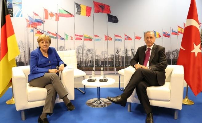 Başkan Erdoğan, Almanya Başbakanı Merkel İle Görüştü