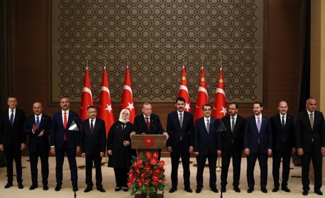 Başkan Erdoğan Yeni Sistemin İlk Kabinesini Açıkladı