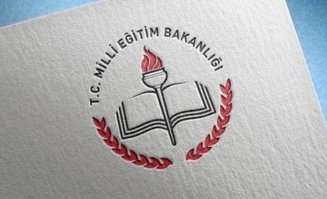 MEB: Mezun Olamayan Lise Öğrencilerine Yeni Sınav Hakkı Verdi