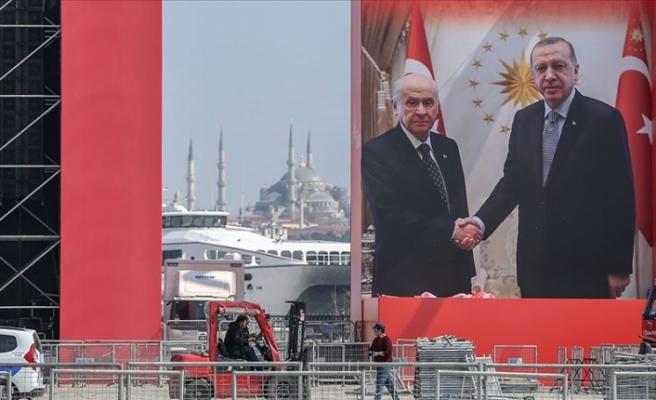 Büyük İstanbul Mitingi İçin Vatandaşlar Yenikapı'da Toplanıyor