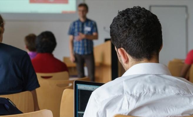 Öğretmenler Dijital İletişim Eğitimi Alacak