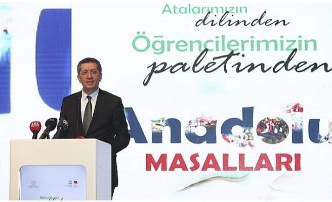 Milli Eğitim Bakanı Selçuk, Anadolu Masalları Resim Sergisi ve Tanıtım Toplantısı'na Katıldı