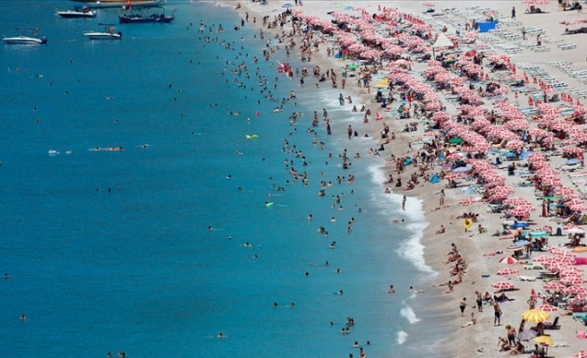 Türkiye 6 Ayda Yüzde 13,2 Artışla 18 Milyon 76 Bin 506 Yabancı Ziyaretçi Ağırladı