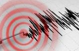 Ege'de Peş Peşe İki Deprem: İzmir Sallandı