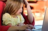 Siber Zorbalık'la Mücadele Uyarısı