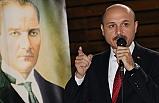 Atatürk, Asırlarca İslam'ın Sancaktarlığını Yapmış Olan Türk Milletinin, Haçlı Ordusuna Karşı Kazandığı Son Zaferin Komutanıdır