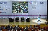 Milli Eğitim Bakanı Ziya Selçuk, Eğitim, Çocukları Şimdiye Uyandırmaktır