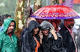 Meteoroloji Genel Müdürlüğü, İstanbul'da Yarın Gök Gürültülü Sağanak Uyarısında Bulundu
