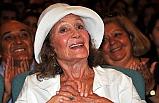 Ünlü Tiyatro Oyuncusu Yıldız Kenter, Tedavi Gördüğü Hastanede Yaşamını Yitirdi