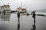 İstanbul Genelinde Etkili Olan Sağanak, Hayatı Olumsuz Etkiliyor