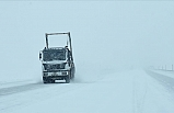 Van, Hakkâri ve Bitlis'te Kar Yağışı Nedeniyle 465 Yerleşim Biriminin Yolu Ulaşıma Kapandı