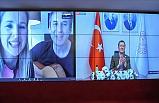 Milli Eğitim Bakanı Selçuk'a Doğum Günü Sürprizi