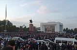 Kırgızistan'da Yaşanan Gerilim Devam Ediyor
