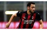 İtalya'da Aralık Ayının Futbolcusu Hakan Çalhanoğlu