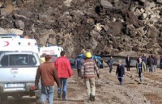 Göçük Altında Kalan 9 Madenciye Bir Aydır Ulaşılamadı!