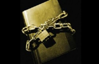 BASILMAMIŞ KİTAPLA SAVAŞIYORLAR