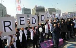 Sağlık emekçileri greve gidiyor!