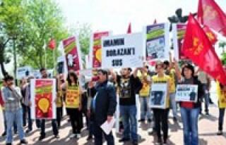 Öğrenciyi yuhlayan vali yardımcısına protesto