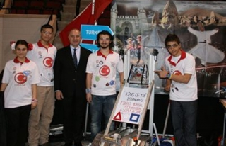 ABD'de Türk okuluna iki ödül birden!