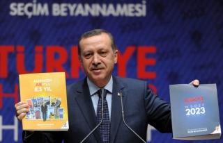 AKP'NİN EĞİTİM VAATLERİ ŞAŞIRTMADI